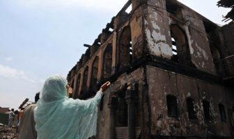Mourning the Loss[Photo: Yasir Muhammad]