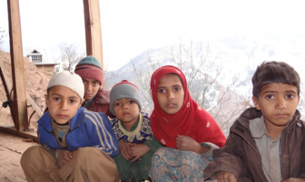 Students of a school in Charunda villages in North Kashmir's Uri region --Photo: Yaqoob Lala