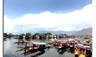 A lanscape view of Dal Lake --Photo: Bilal Bahadur