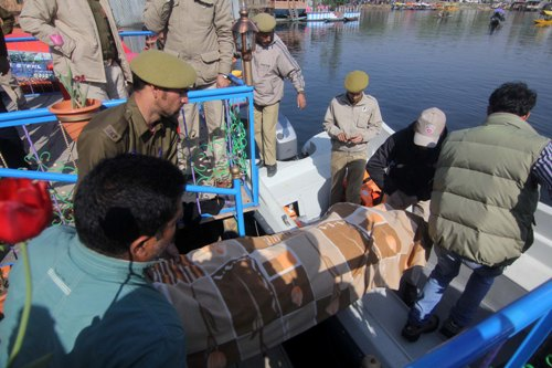 Panic gripped the entire locality of houseboat owners as the news of murder spread in the area. Most of foreign tourists stay in the houseboats on Dal Lake in Srinagar city.