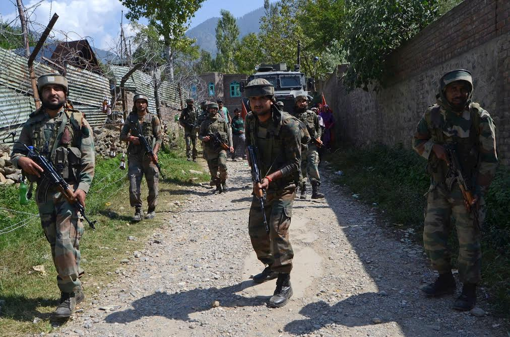 Encounter breaks out between forces, militants in Sopore