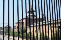 Jamia Masjid Srinagar closed for 12 consecutive Fridays in 2016 on Sep 30, 2016. (KL Image: Bilal Bahadur)