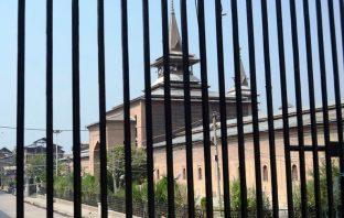 Jamia Masjid Srinagar closed for 12 consecutive Fridays in 2016 on Sep 30, 2016. (KL Image: Bilal Bahadur)
