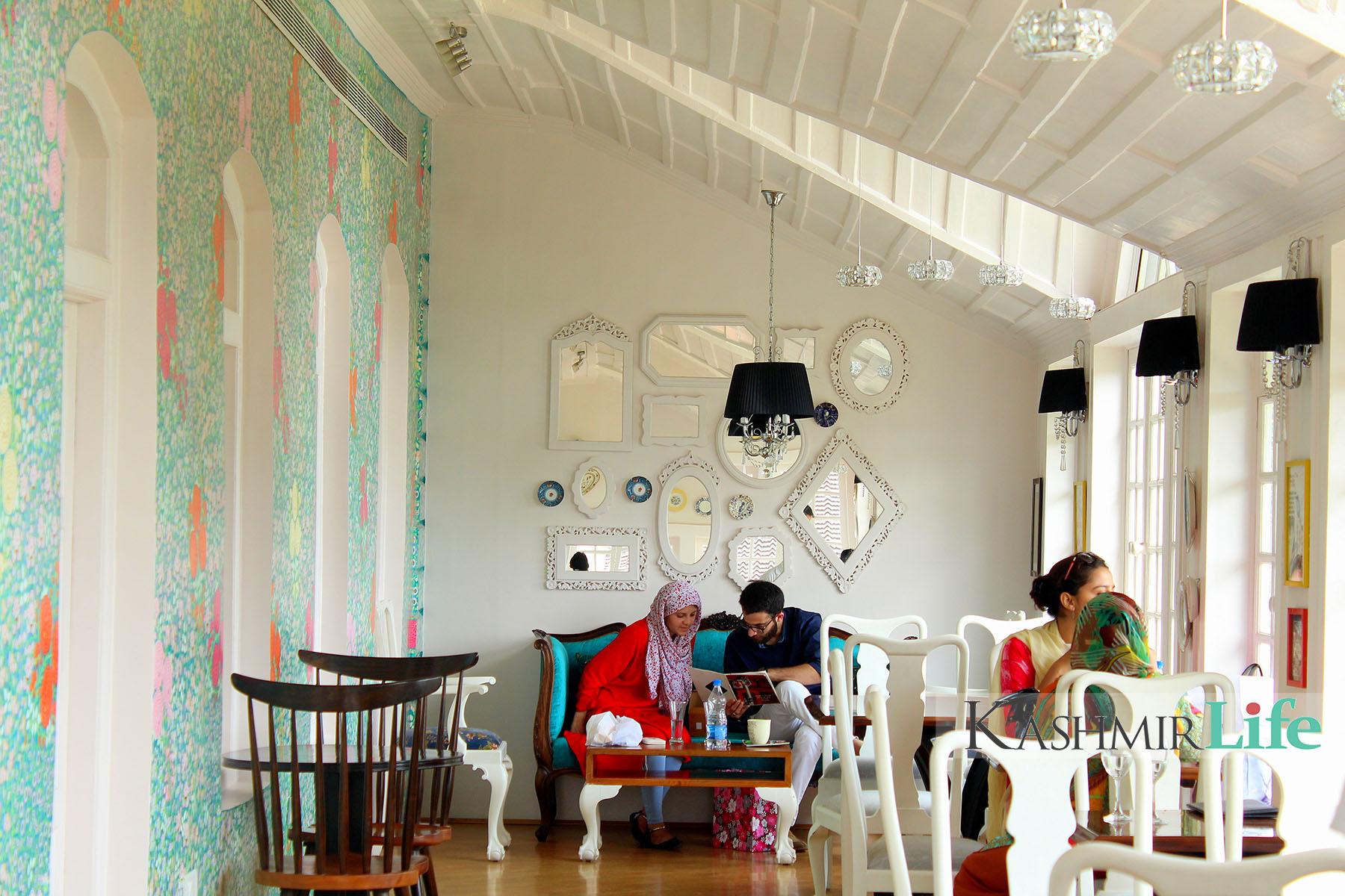 Best Restaurants in Srinagar, Places to visit in Srinagar
