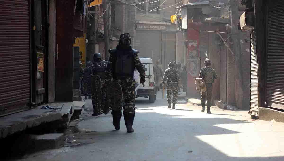 Braid chopping: Mobile Internet services restored in Kashmir