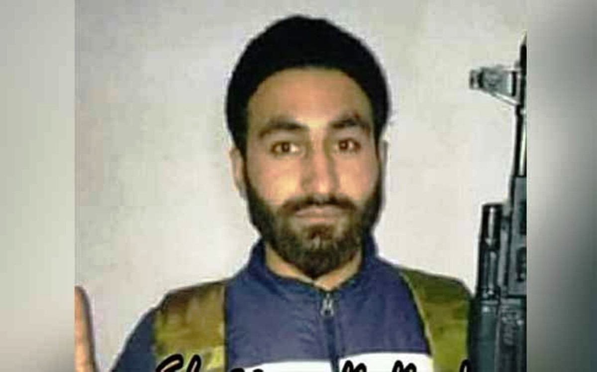 Kashmir research scholar 'joins Hizbul', family says lost contact after new year