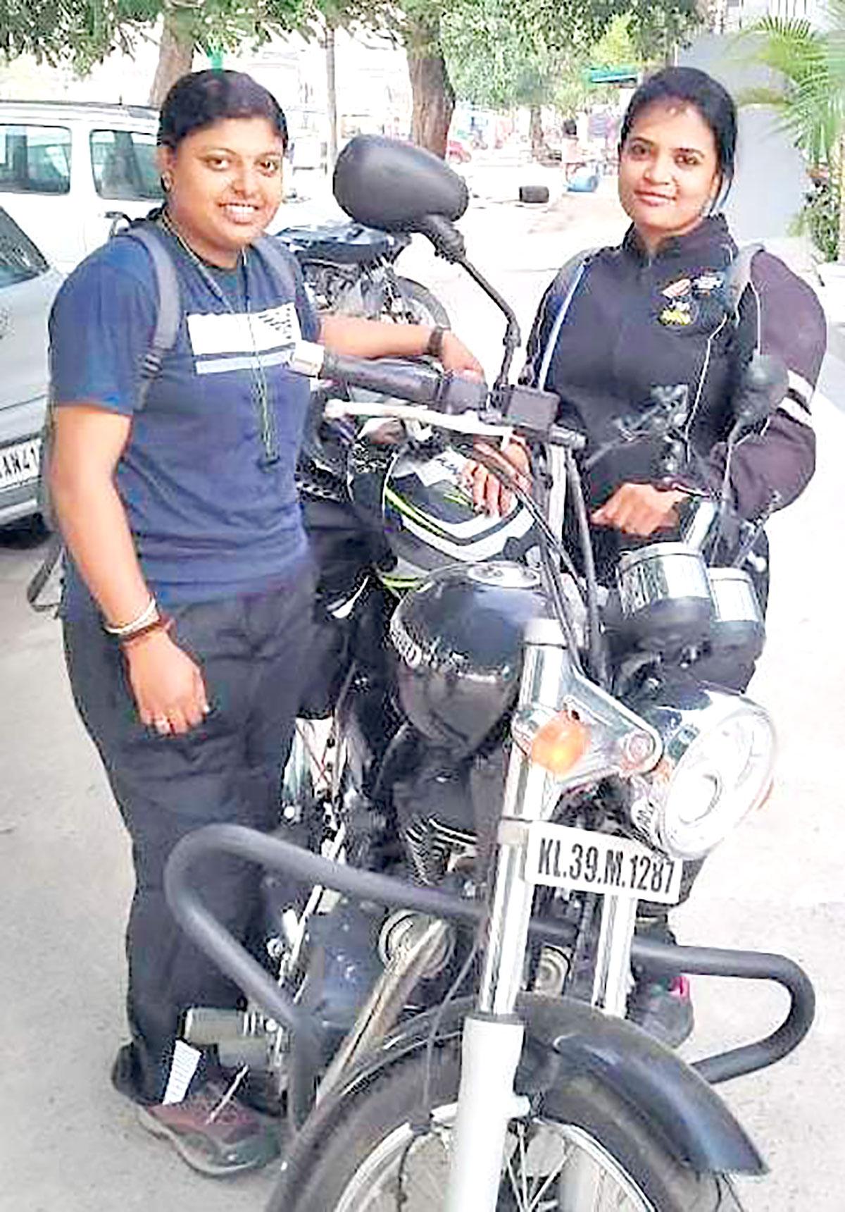 Briefing - Kashmir -kochi bike women