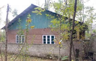 A side view of a Panchayat building in Anzwalla village of Anantnag. KL Image by Umar Khurshid